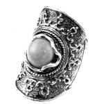 Серебряное кольцо Yaffo с лунным камнем SAR1228