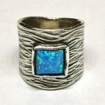 Кольцо из серебра Deno с опалом 01R2557OP