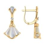 Золотые серьги с бриллиантами и перламутром 1021759