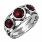 Серебряное кольцо Deno с гранатом 01R866GR