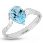 Серебряное кольцо с голубым топазом и фианитами PPR9040