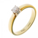 Кольцо помолвочное с бриллиантом из желтого золота